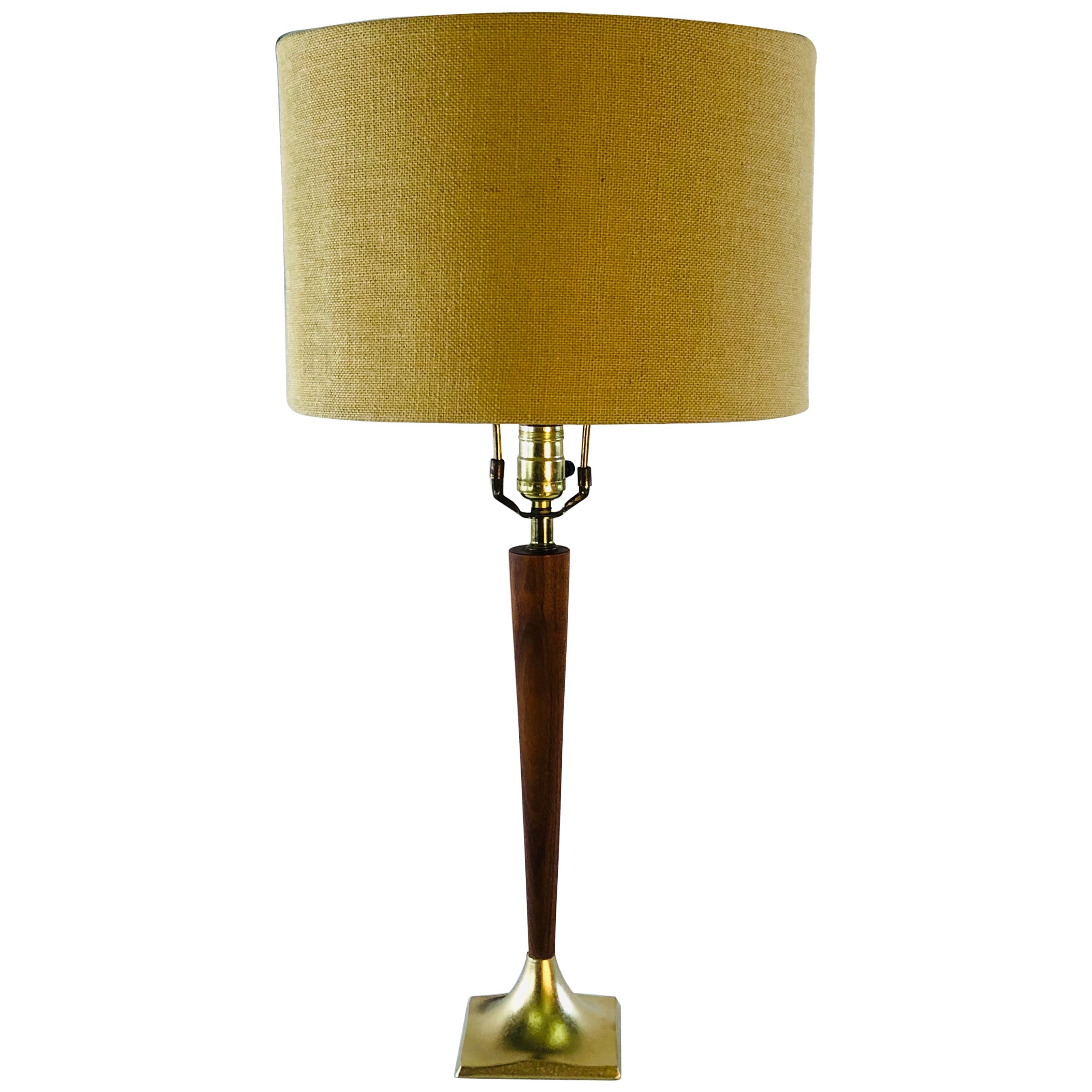1960s Walnut Laurel Lamp Co Table Lamp