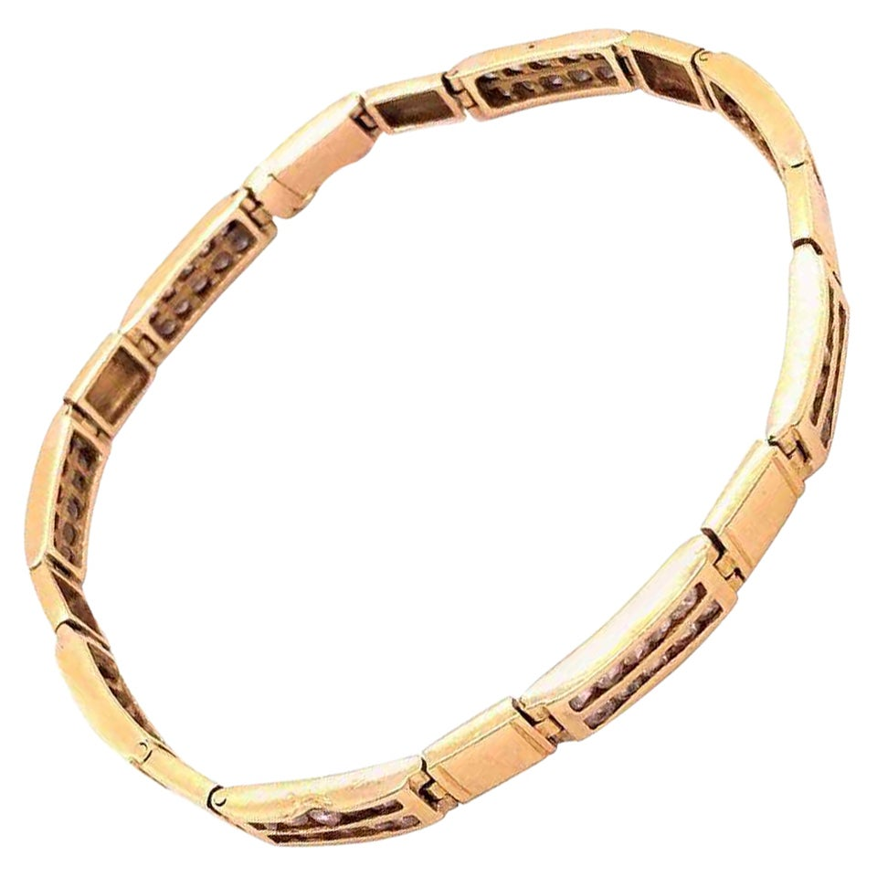 18-Karat Yellow Gold Art Deco Fancy Link Bracelet with Diamonds