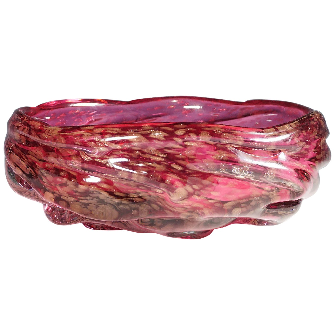 Large Murano Art Glass Bowl in Pink Glass with Aventurines, 1950s