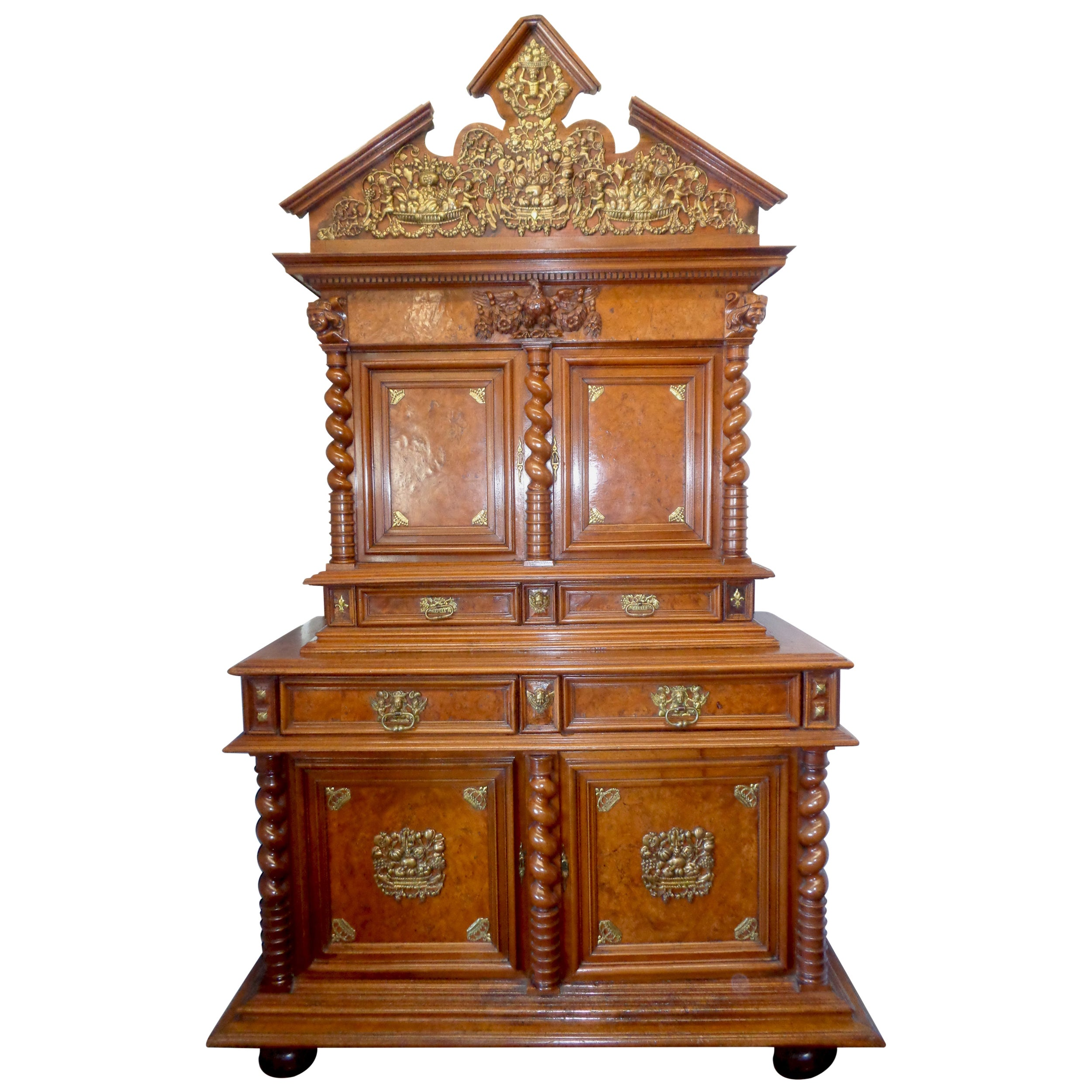 French Louis XIV Buffet Deux Corps in Walnut and Burled Elm, circa 1670