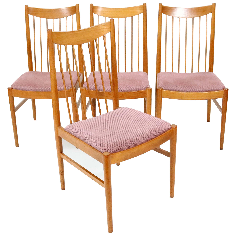 Set of Four Model 422 Teak Dining Chairs by Arne Vodder for Sibast