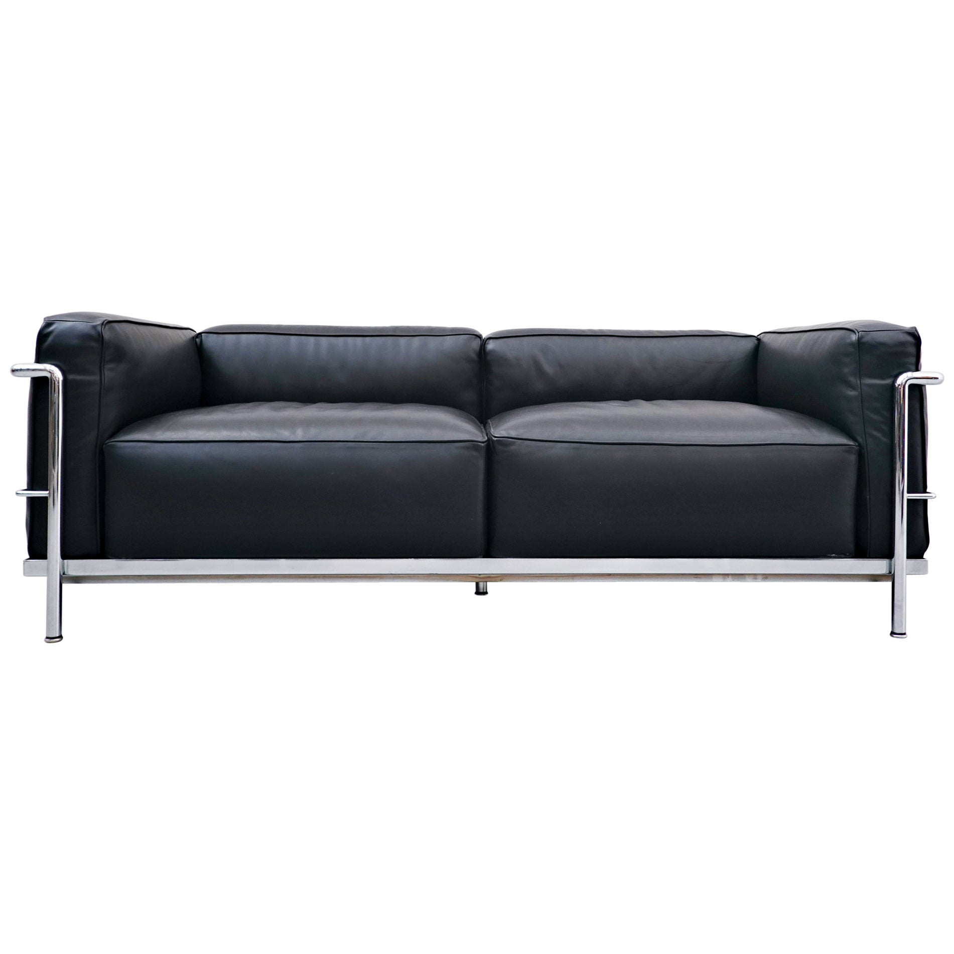 LC3 Sofa, Le Grand Confort, Le Corbusier for Cassina