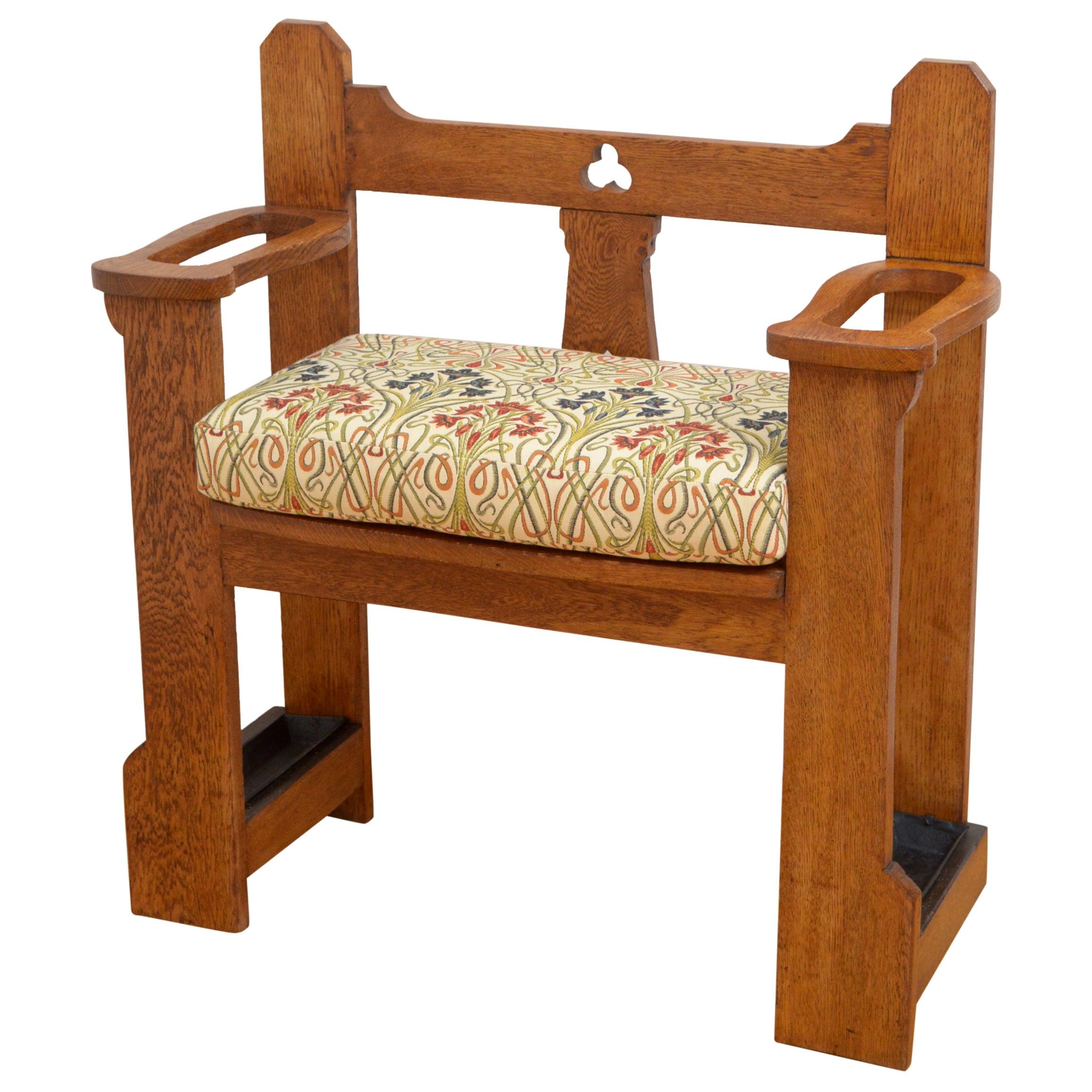Stylish Arts & Crafts Oak Bench of Narrow Proportions