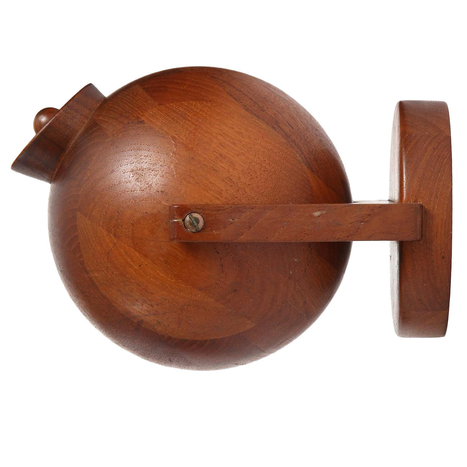 Wall-Mounted Tilting Tobacco Vessel