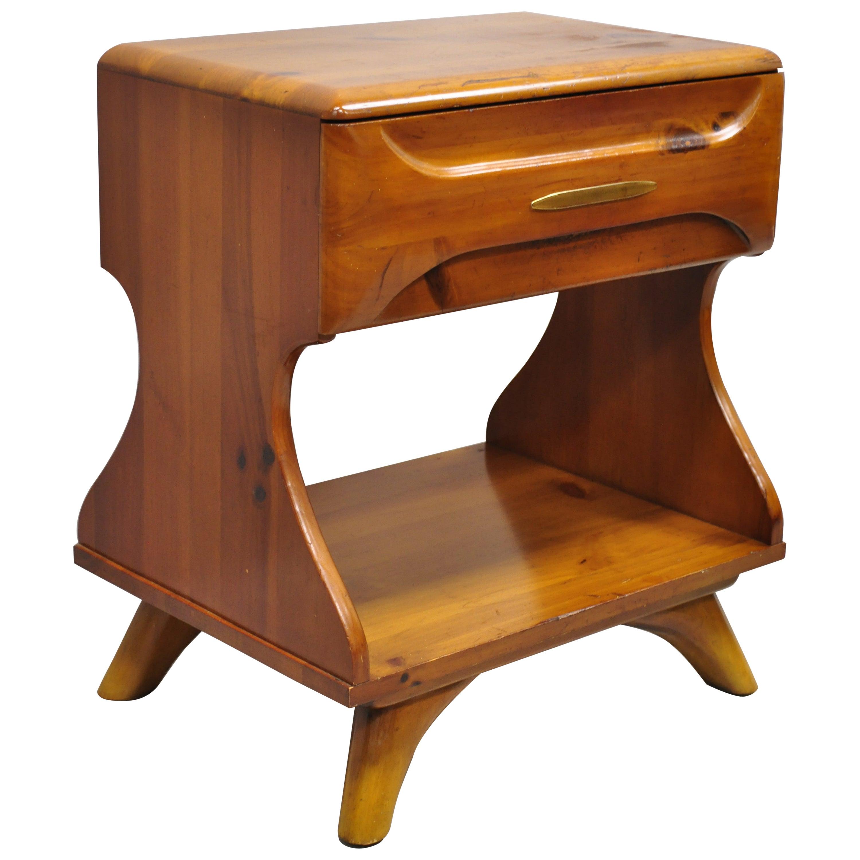 Midcentury Franklin Shockey Sculptured Pine One-Drawer Nightstand Bedside Table