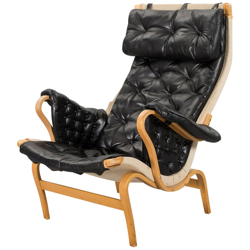 Bruno Mathsson 'Pernilla 69' Lounge Chair in Leather for DUX #1