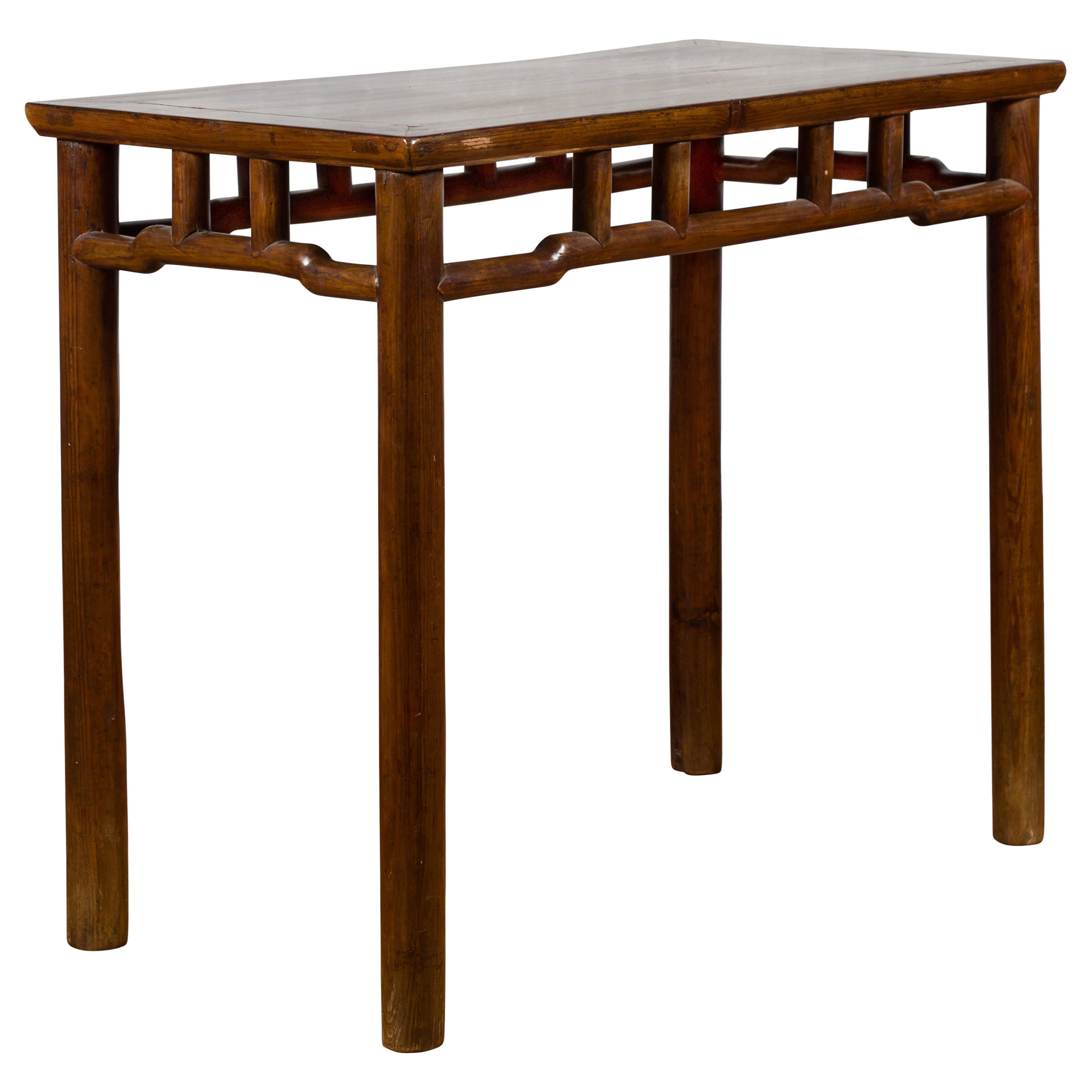 Chinese Qing Dynasty Elm Console Table with Pillar Struts and Humpbacked Apron