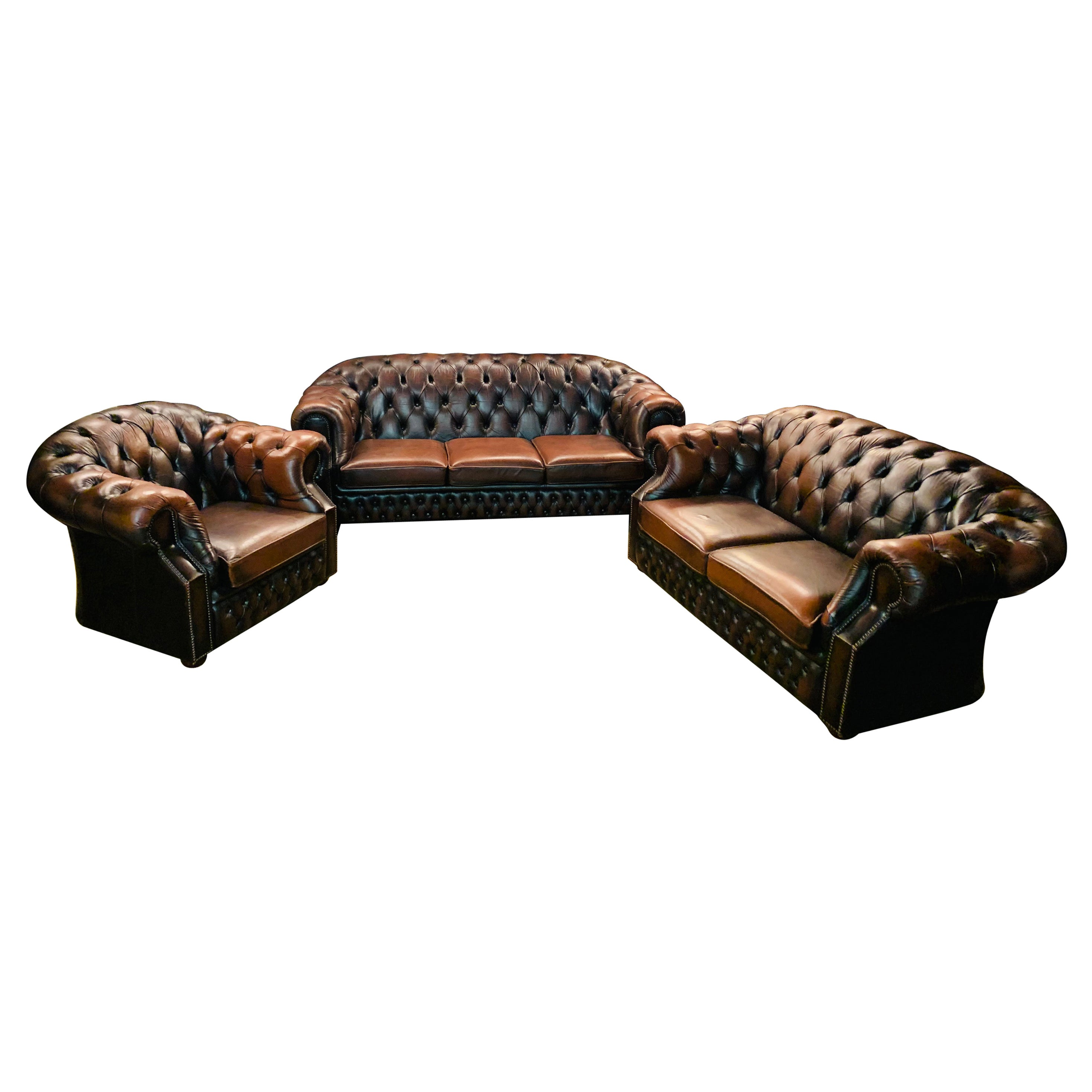 Chesterfield Set Kent Modell 3, 2 Seater and Armchair Brand by Centurion