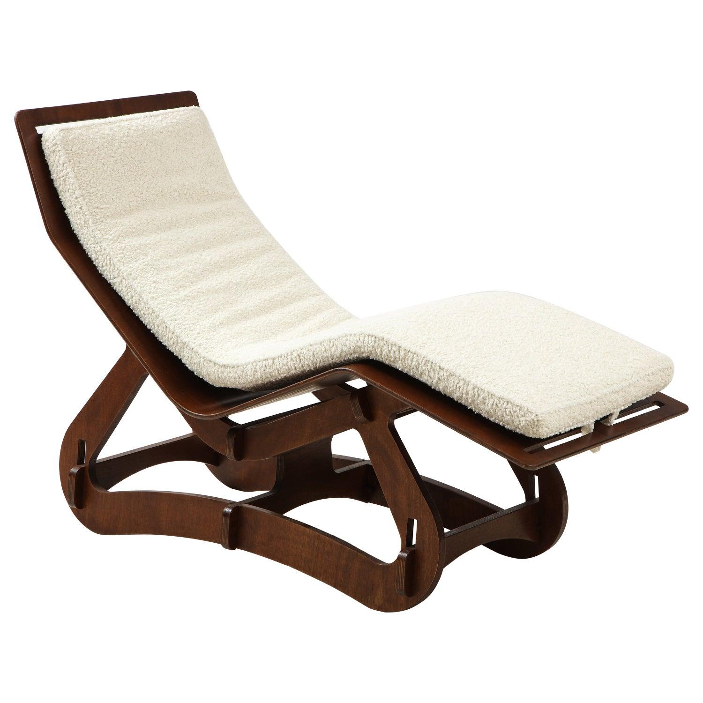 Modernist Chaise Longue