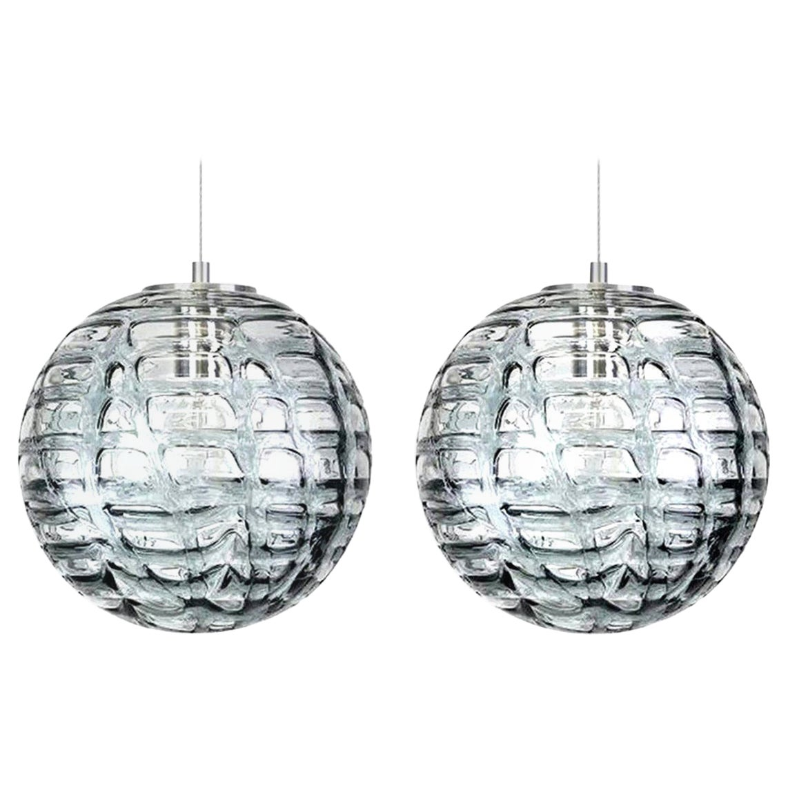 Exceptional Pair of Grey Murano High-End Glass Pendant Lights Venini Style 1960s