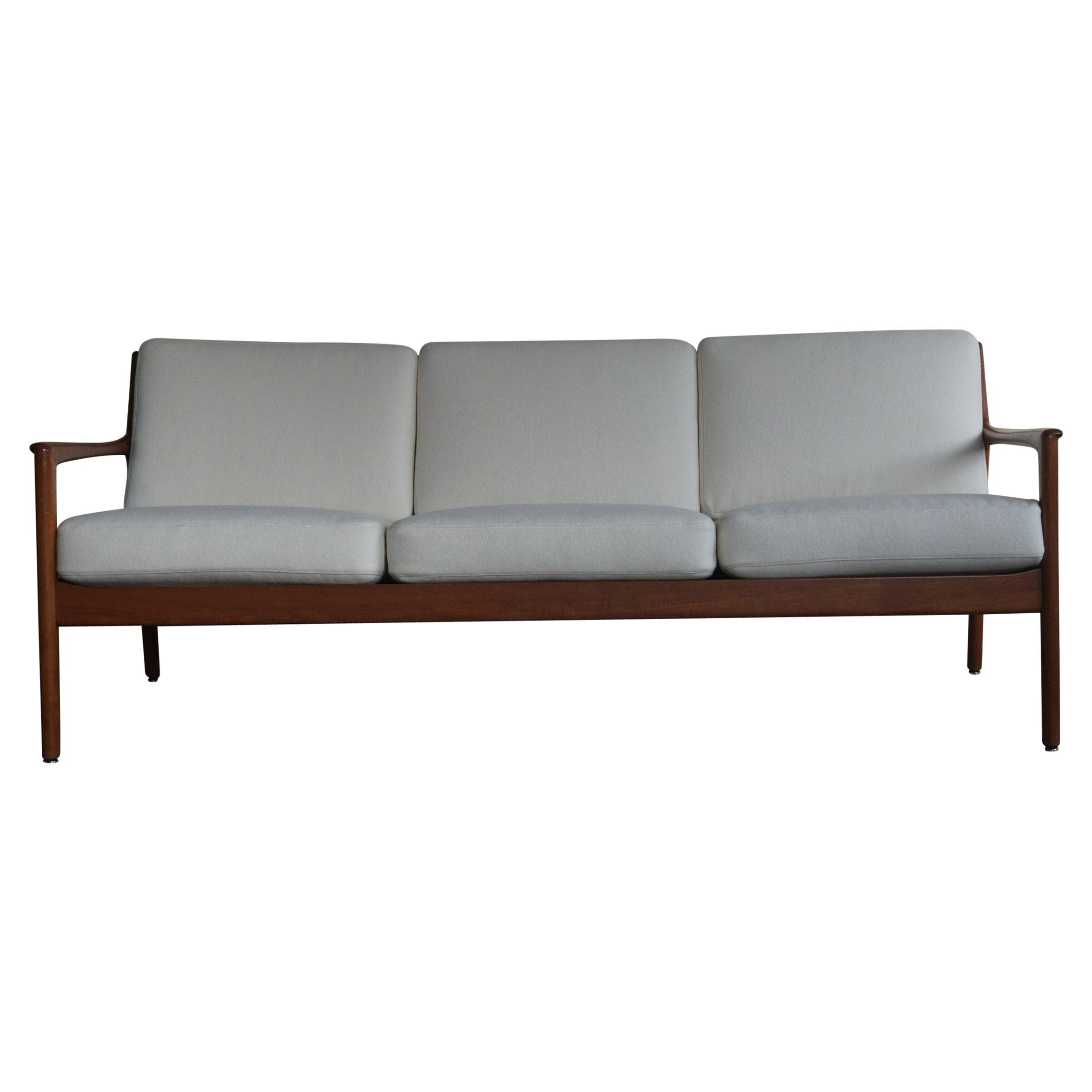 Modern Swedish Teak Model USA 75 3-Seat Sofa by Folke Ohlsson for DUX, 1960s