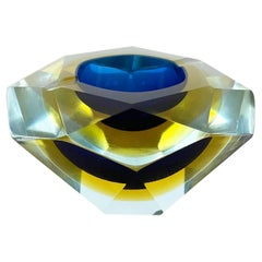 """Murano Glass Faceted """"diamond"""" Sommerso Bowl Element Ashtray Murano Italy, 1970s"""