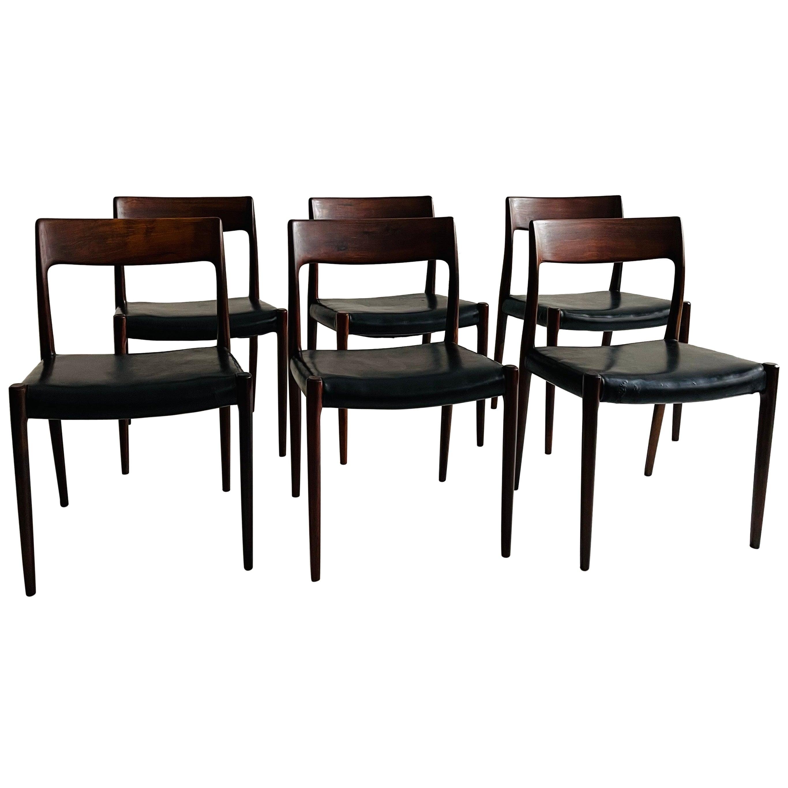 Niels O. Møller Dining Chairs No 77 Set of Six by Møllers Møbelfabrik in Denmark