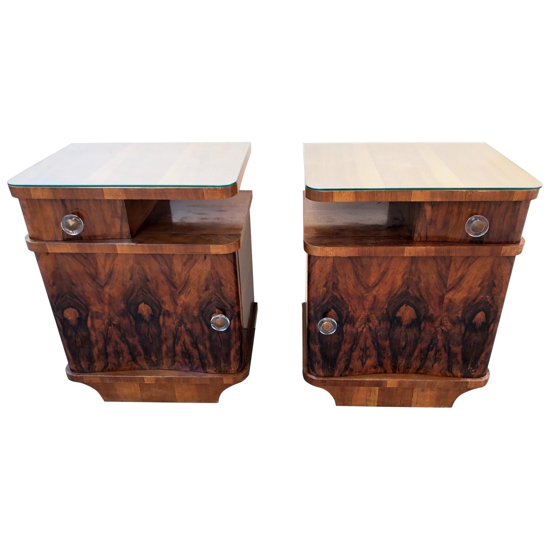 Pair of Italian Decò Nightstands Walnut 1960 with Glass, Right and Left, Design