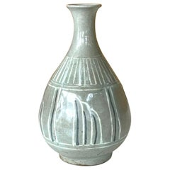 18th Century and Earlier Vases and Vessels