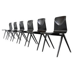 Elmar Flototto Model S22 Black Stacking Chairs Pagholz, Germany, 1970