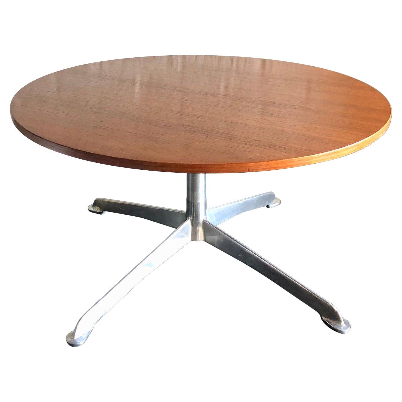 Mid-Century Modern Danish Round Teak Coffee / Occasional Table, Circa 1960s