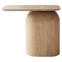April Table Middle Size in Oak, by Alfredo Häberli