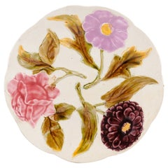 French 19th Century Majolica Porcelain Plate with Flowers and Scalloped Edge