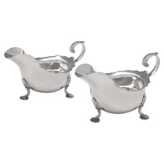 Victorian Pair of Sterling Silver Sauce Boats, Sheffield 1899, Walker & Hall