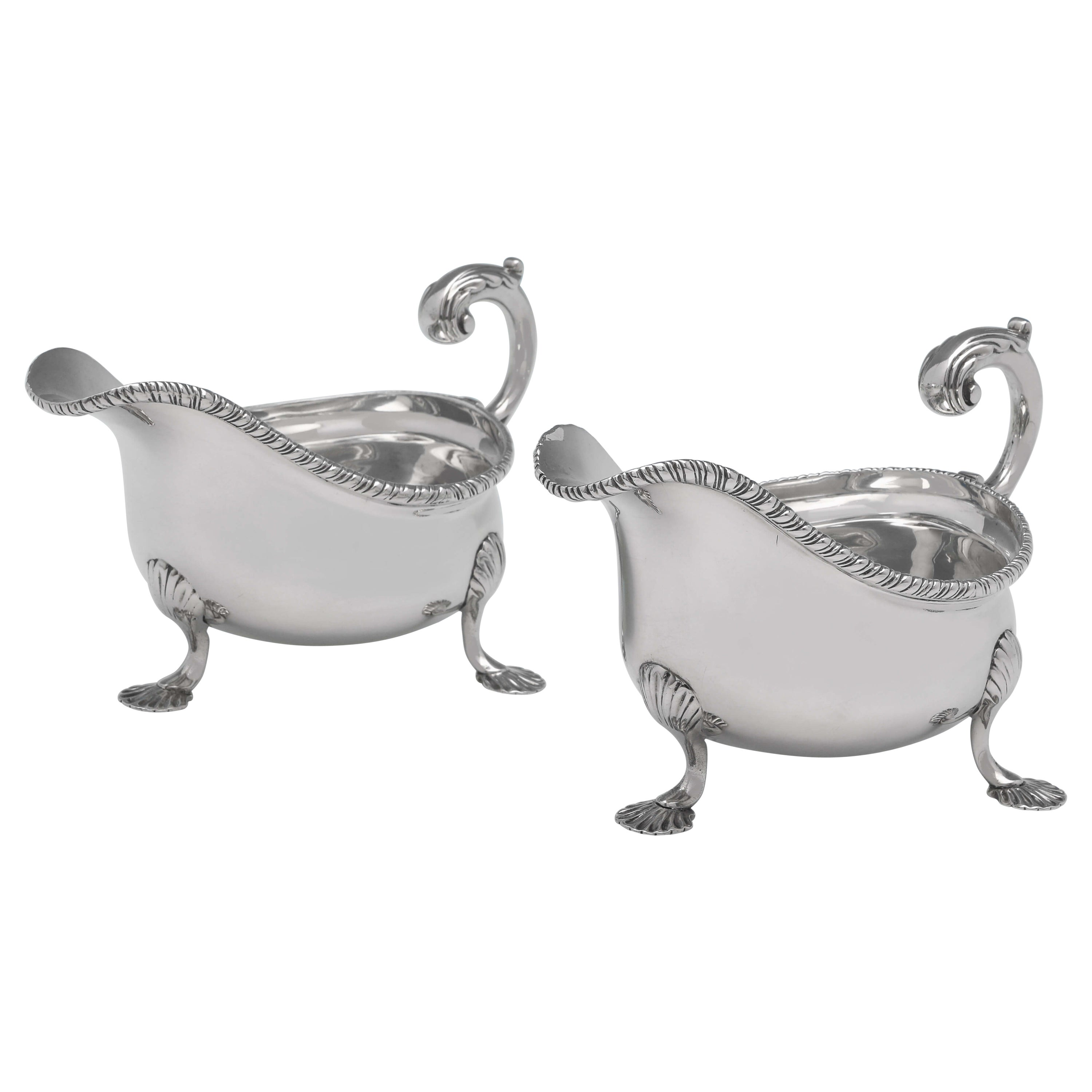 Victorian Sterling Silver Pair of Sauce Boats, London 1896, Lambert & Co.