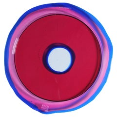 Try-Tray Small Round Tray in Clear Fuchsia, Blue Klein by Gaetano Pesce