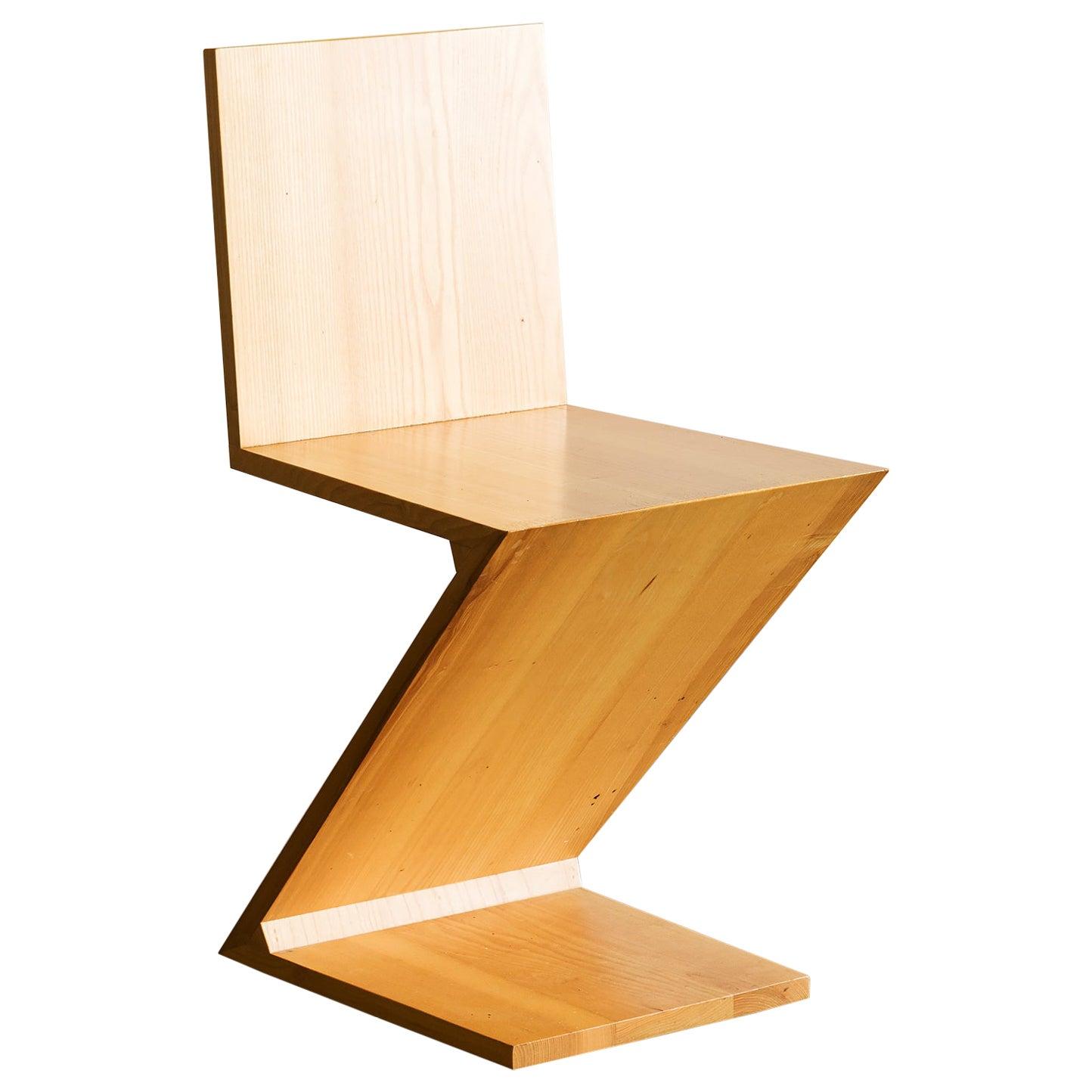 Gerrit Rietveld Zig Zag Chair for Cassina, 1980s