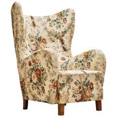 Fritz Hansen Lounge Chair in Flower Upholstery
