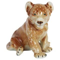 Mid 20th Century Mini Ceramic Lion Decorative Sculpture, Italy, 1960s.
