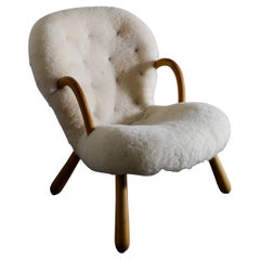 Philip Arctander Arnold Madsen Clam Chair Produced by Vik & Blindheim, 1940s