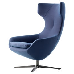 Caruzzo Lounge Chair by Leolux Upholstered in Blue Fabric 'steelcut trio 0796'