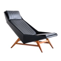 Svante Skogh Lounge Chair in Leather and Beech, AB Hjertquist & Co, Sweden, 1955