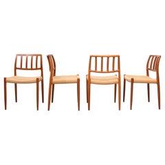 Dining Chairs Niels O. Møller Voor J.L. Møller Møbelfabrik