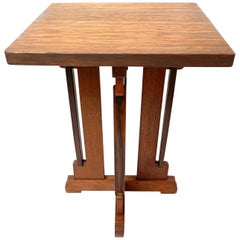 Rare and Handcrafted Dutch Arts & Crafts Oak End Table, Plant Stand P.E.L.Izeren