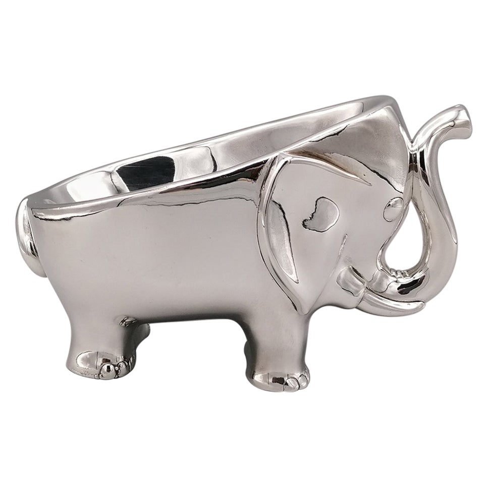 20th Century Sterling Silver Stylized Elephant Shaped Soap / Candy Holder