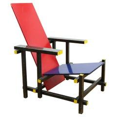 Gerrit Rietveld Bauhaus Red Blue Chair by Cassina