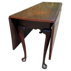 Classic 18th Century Walnut Queen Anne Drop Leaf Dining Table Console