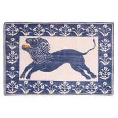 Vintage Cotton Lion Agra Rug. Size: 6 ft x 4 ft (1.83 m x 1.22 m)
