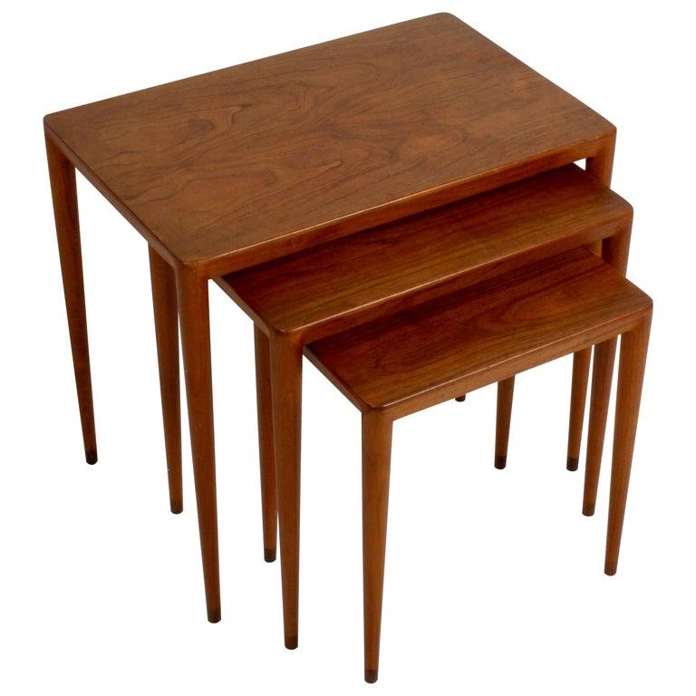 Vintage Danish Modern Set of 3 Teak Nesting Tables Retailed by Illums Bolighus For Sale