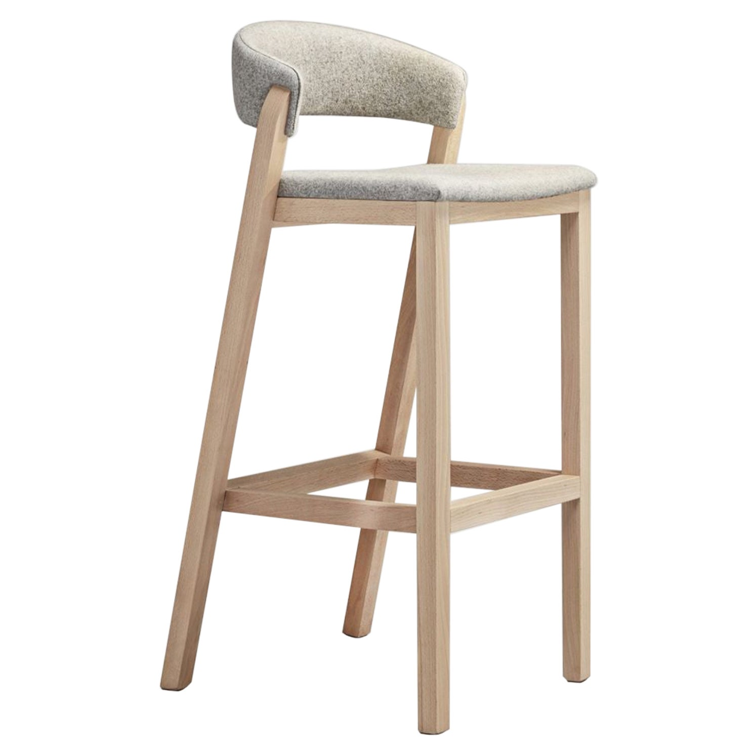 Cream Oslo Stool by Pepe Albargues