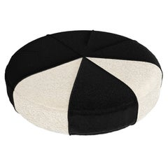 Black & White Luxury Modern Pet Bed, Round Large Pet Cushion for Cats & Dogs