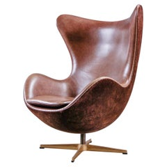 Arne Jacobsen 'Golden Egg Chair' by Fritz Hansen in Denmark, Numbered Edition