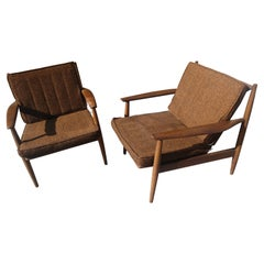 Pair of Mid-Century Modern Lounge Chairs by Viko Baumritter