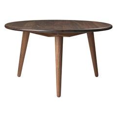 CH008 Small Coffee Table in Walnut Oil by Hans J. Wegner