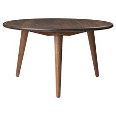 CH008 Medium Coffee Table in Walnut Oil by Hans J. Wegner