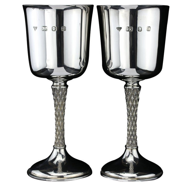 Vintage Pair of Sterling Silver Goblets, Garrard & Co, Designed by Anthony Elson For Sale