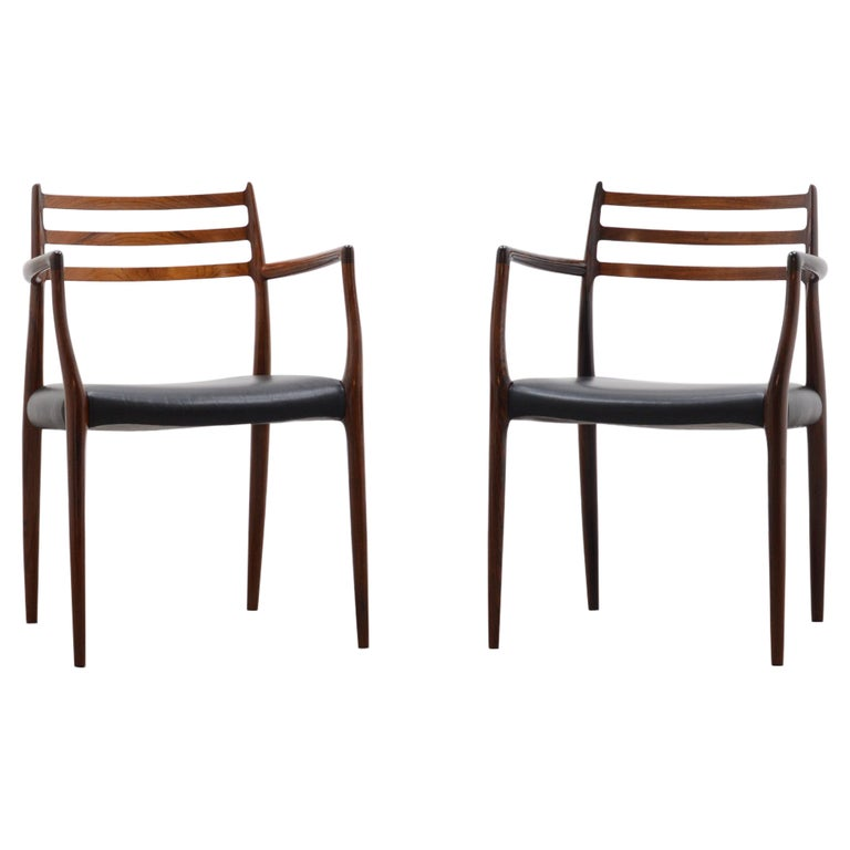 Set of 2 Model 62 Rosewood Dining Chairs by Niels Otto Møller For Sale