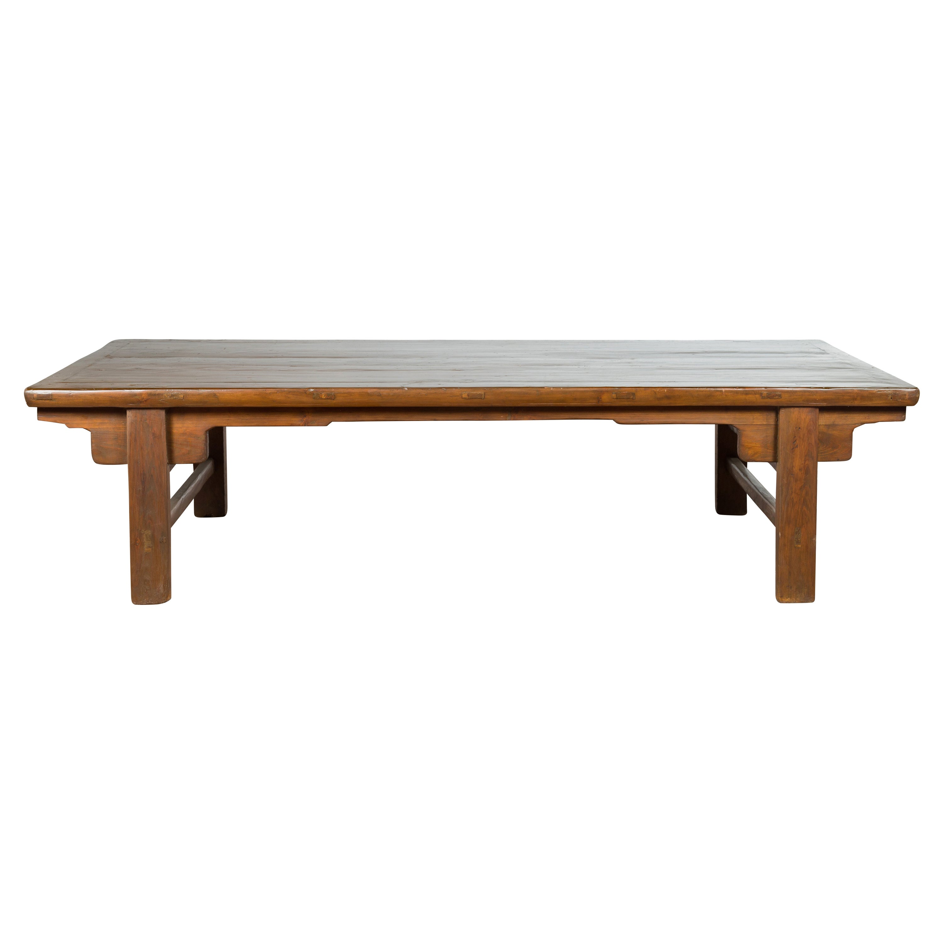 Chinese Qing Dynasty 19th Century Wide Coffee Table with Carved Spandrels
