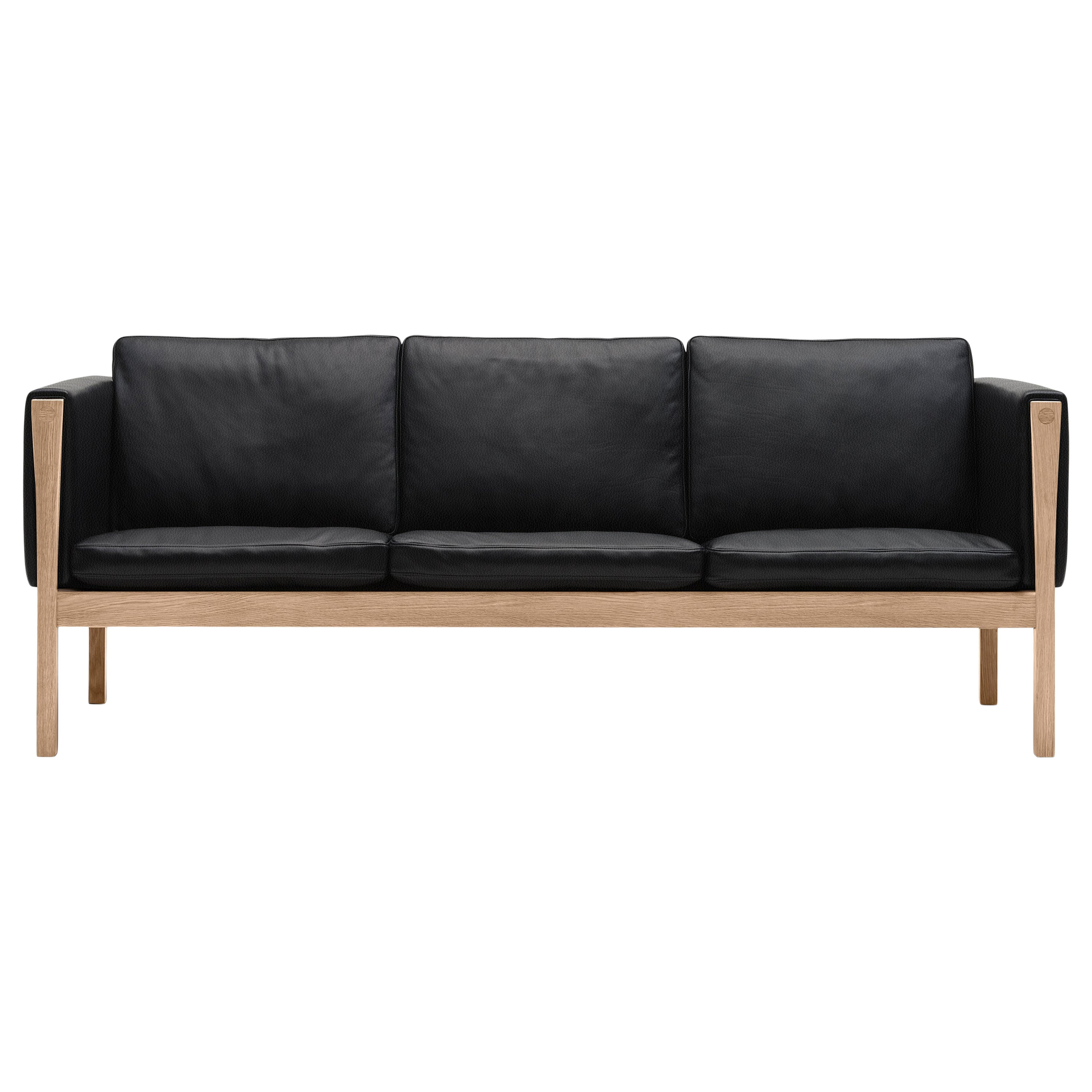 CH163 Sofa in Oiled Oak Frame with Leather Upholstery by Hans J. Wegner
