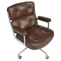1 Herman Miller Eames Time Life Executive Chair